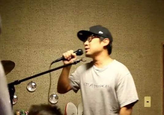 大阪マルビル地下2階の共同トイレで、いきなり声をかけてきたサラリーマン。そこまでして伝えたかったこととは。